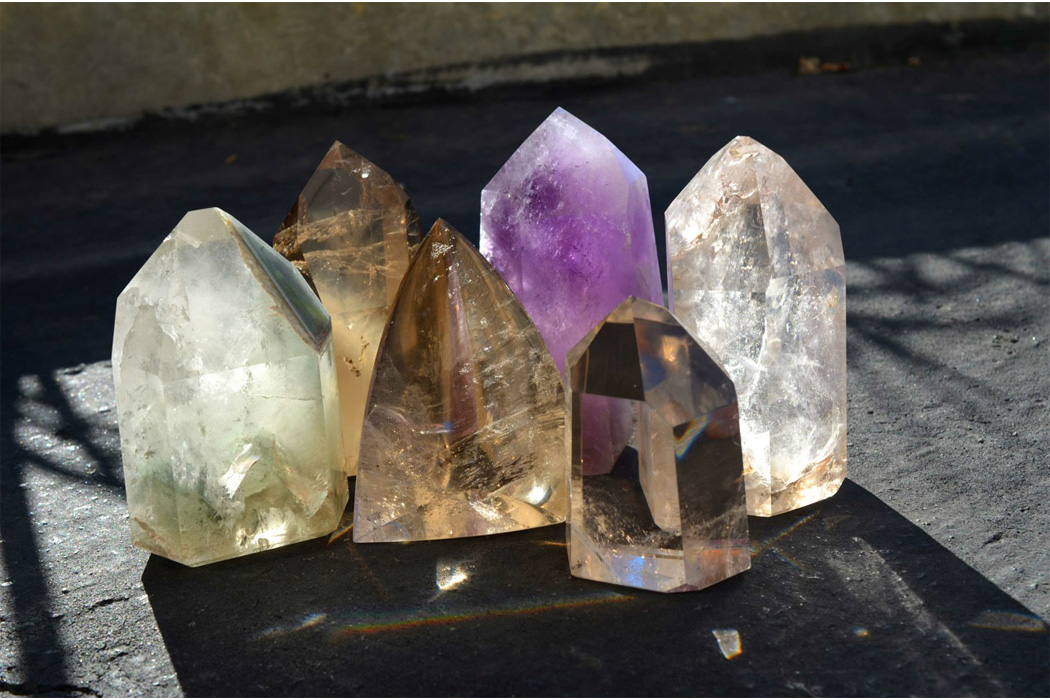 How to Use Healing Crystals, Using Crystals & Crystal ...