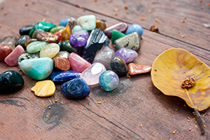 How To Use Crystals To Manifest Health & Happiness