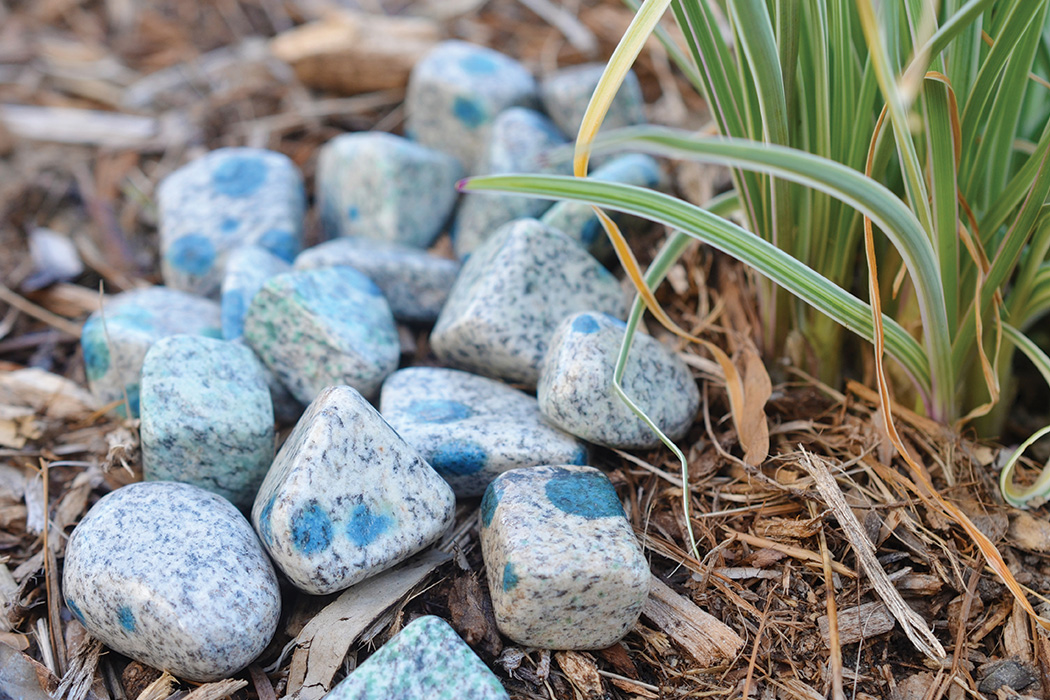 K2 Crystal Ritual for Grounding Intuition