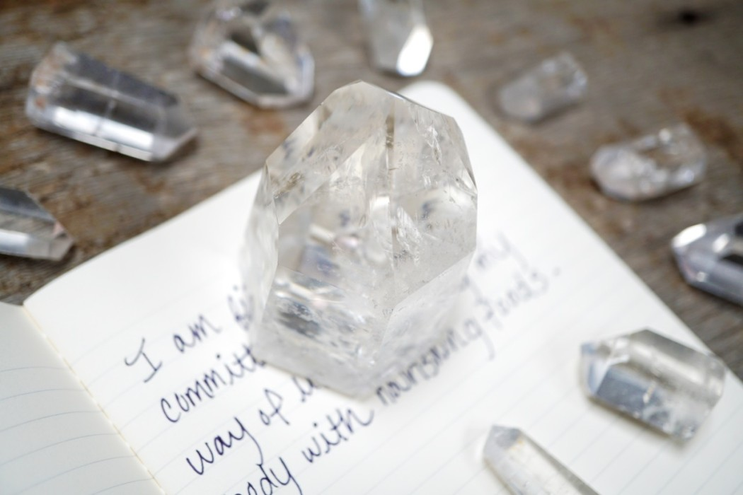 How to Use Crystals in Alignment with Intentional Eating