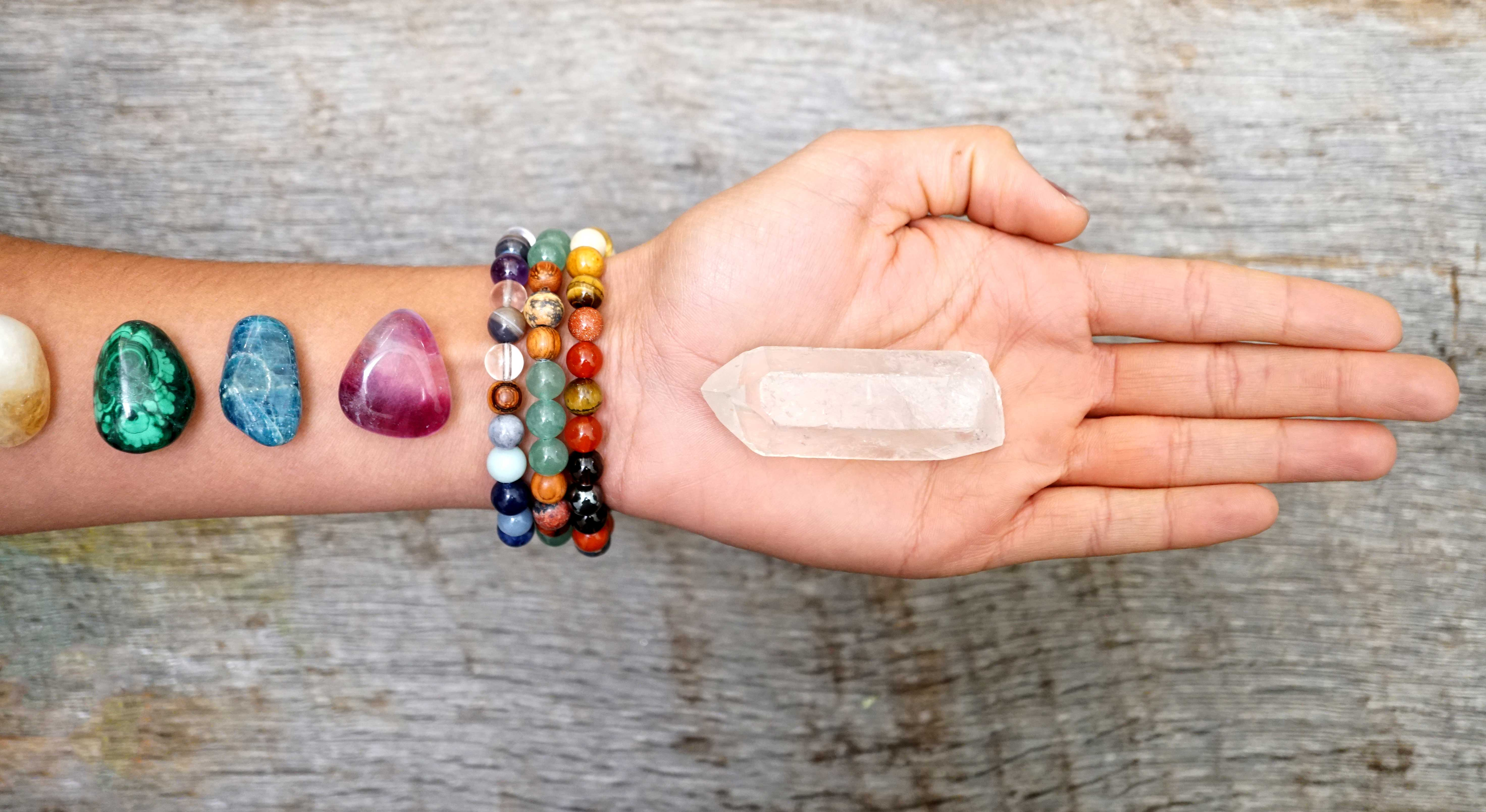 Root Chakra Healing, Learn How to Use Root Chakra Stones for