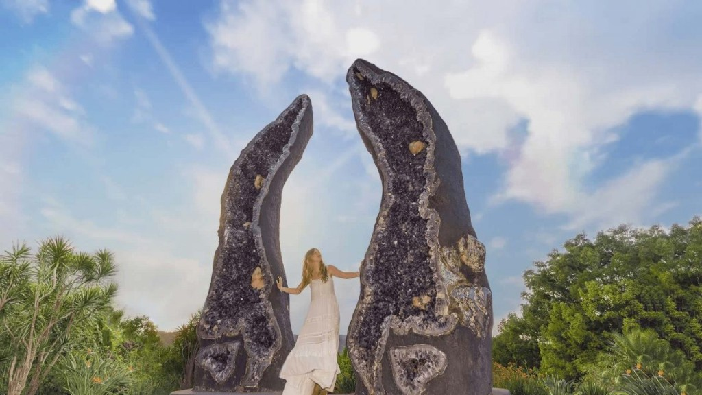 Dream Destinations for the Crystal Lover: Crystal Castle