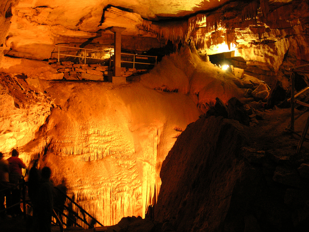 Dream Destinations for the Crystal Lover: Mammoth Cave