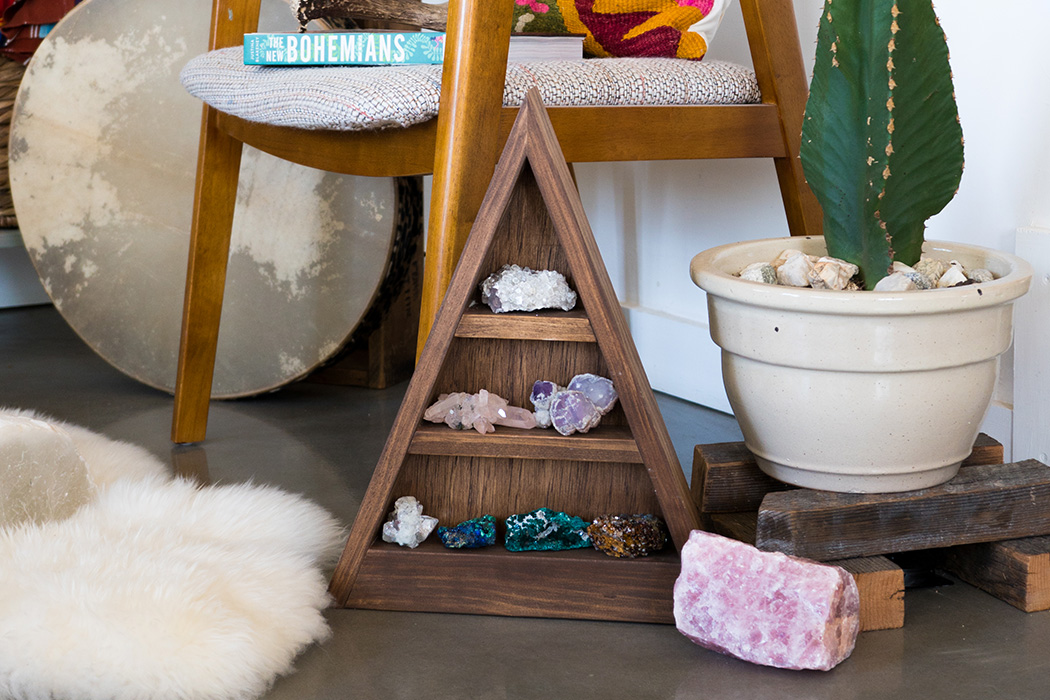 How to Feng Shui Every Room in the House with Crystals