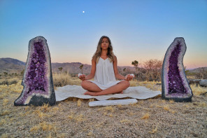 Feeling the Eclipse Energy? Here are 4 Simple Crystal Cures