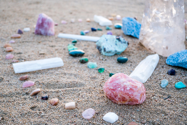 Live Q&A with Holistic Healer + Crystal Expert, Heather Askinosie